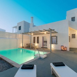 Family-Villa-with-Private-pool